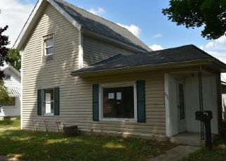 Foreclosed Home en MAPLE ST, Fostoria, OH - 44830