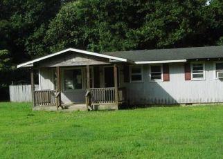 Foreclosed Home en SHADY LN, White Stone, VA - 22578