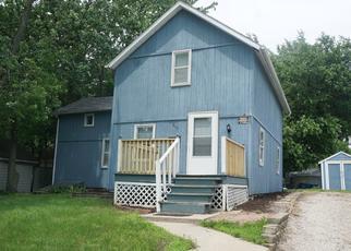 Foreclosed Home in W 10TH ST, Dixon, IL - 61021