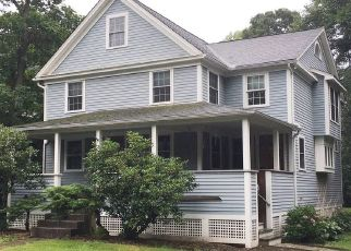 Foreclosed Home en WATER ST, South Glastonbury, CT - 06073