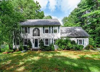 Foreclosed Home en NEIPSIC RD, Glastonbury, CT - 06033