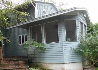 Foreclosed Home en NORTHGATE DR, Manlius, NY - 13104