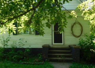 Foreclosed Home in N HENSON RD, Villa Grove, IL - 61956