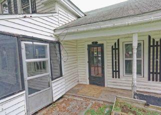 Foreclosed Home en DAUN LN, Eagle Bridge, NY - 12057