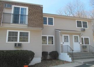 Foreclosed Home en FORGE GATE DR, Cold Spring, NY - 10516
