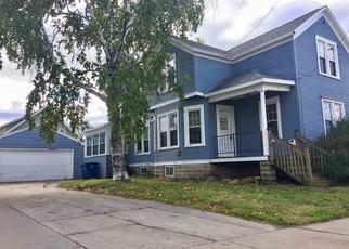 Casa en ejecución hipotecaria in Oshkosh, WI, 54902,  W 8TH AVE ID: F4313649