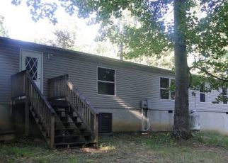 Foreclosed Home en MOUNTAIN MEADOW DR, Vinton, VA - 24179