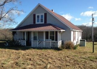Foreclosed Home in HOUKS CHAPEL RD, Greensburg, KY - 42743