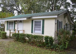 Foreclosed Home en BARCLAY ST SW, Live Oak, FL - 32064