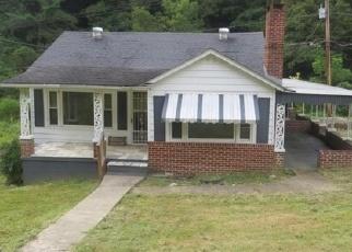 Foreclosed Home en BIRCHFIELD RD, Pound, VA - 24279