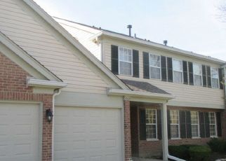 Foreclosed Home en SPRINGWOOD DR, Schaumburg, IL - 60193