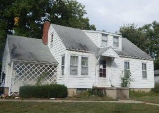 Foreclosed Home in S 6TH ST, Greenville, IL - 62246