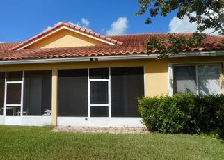 Foreclosed Home en OXFORD CIR, Vero Beach, FL - 32966