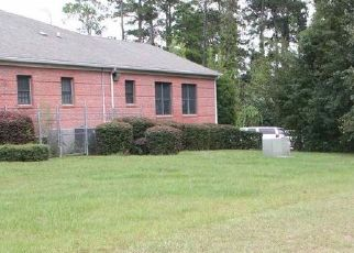 Foreclosed Home en ALICE ST, Waycross, GA - 31501