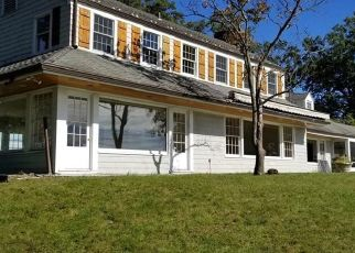 Foreclosed Home en HOMMOCKS RD, Larchmont, NY - 10538