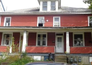 Foreclosed Home en S 15TH ST, Jeannette, PA - 15644