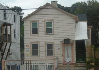 Foreclosed Home en FRANKLIN ST, Norwich, CT - 06360