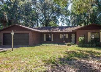 Foreclosed Home en N LAKE VIEW AVE, Leesburg, FL - 34748