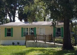 Foreclosed Home in SE 175TH TER, Silver Springs, FL - 34488