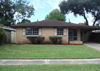 Foreclosed Home in 1ST ST, Harvey, LA - 70058