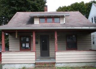 Foreclosed Home en N ROOSEVELT AVE, Endicott, NY - 13760