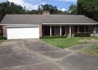 Foreclosed Home in EDGEMOOR DR, Houston, TX - 77036