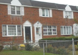 Foreclosed Home en PARKER ST, Chester, PA - 19013
