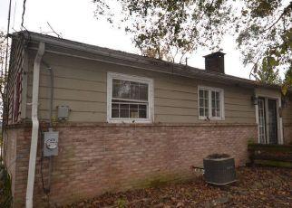Foreclosed Home en MUMMASBURG RD, Gettysburg, PA - 17325