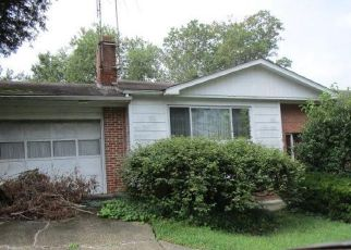 Foreclosed Home in TEMPLE HILL RD, Temple Hills, MD - 20748