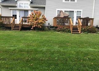 Foreclosed Home en SUNWOOD CIR, Central Islip, NY - 11722