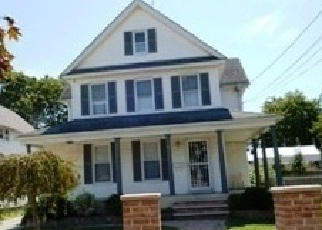 Foreclosed Home in THORNE AVE, Hempstead, NY - 11550