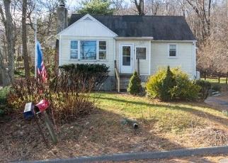Foreclosed Home in BARRETT HILL RD, Carmel, NY - 10512