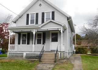 Foreclosed Home en SMITH AVE, Norwich, CT - 06360