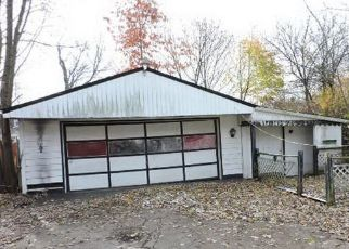 Foreclosed Home en CAMBRIDGE AVE, Youngstown, OH - 44502