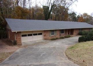 Foreclosed Home en SOUTHMONT DR, Dalton, GA - 30720