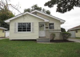 Foreclosed Home en N 40TH ST, Milwaukee, WI - 53209