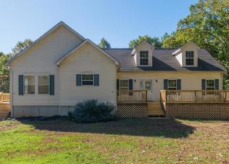 Foreclosed Home en CHESTNUT GROVE RD, Esmont, VA - 22937