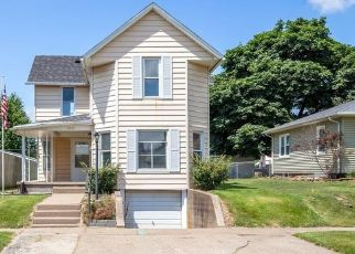 Foreclosed Home in LINCOLN BLVD, Muscatine, IA - 52761