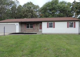 Foreclosed Home en HICKORY DR, Beaver Falls, PA - 15010