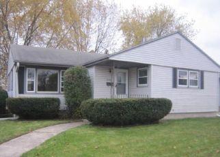 Foreclosed Home in CONRAD DR, Racine, WI - 53404