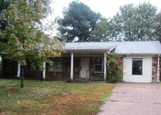 Foreclosed Home in CHEROKEE DR, Horn Lake, MS - 38637