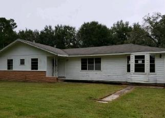 Foreclosed Home in HILLCREST DR, Beaumont, TX - 77713