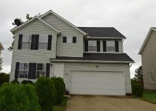 Foreclosed Home en GARY AVE, Bedford, OH - 44146