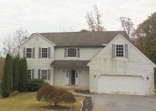 Foreclosed Home en SUGARMAN RD, Coatesville, PA - 19320