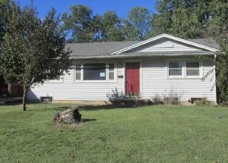 Foreclosed Home in W 7TH ST, Haysville, KS - 67060