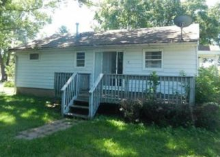 Foreclosed Home in E ILLINOIS ST, Cambridge, IL - 61238