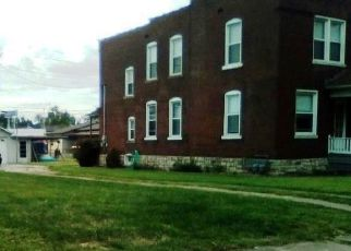 Foreclosed Home en GRAND AVE, Granite City, IL - 62040