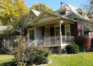 Foreclosed Home in N KICKAPOO ST, Lincoln, IL - 62656