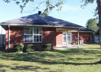 Casa en ejecución hipotecaria in Hinesville, GA, 31313,  RUTH DR ID: F4315616
