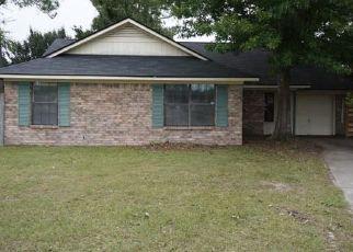 Casa en ejecución hipotecaria in Hinesville, GA, 31313,  WOODS CT ID: F4315620
